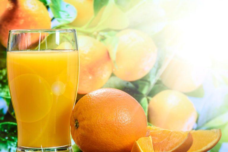 Naturalny 100% sok NFC z pomarańczy